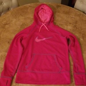 Nike thermal fit womens size M